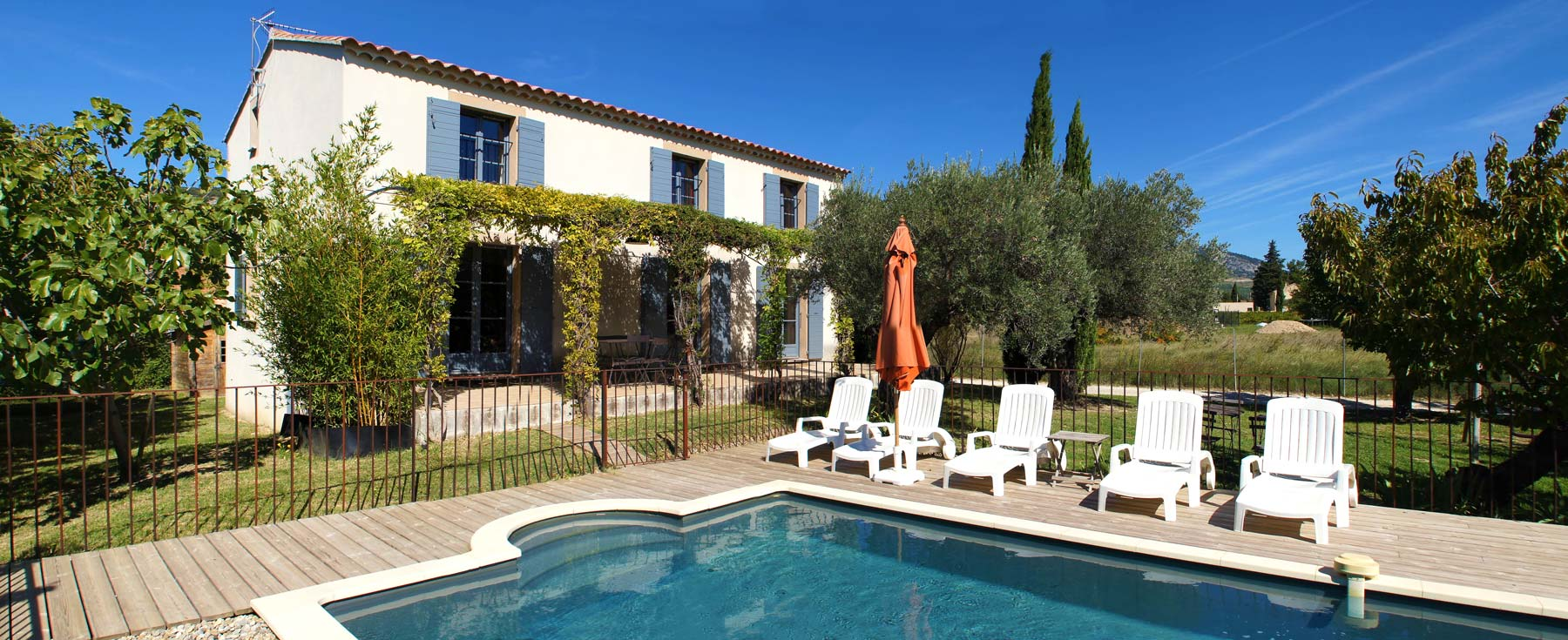 locations de vacances beaumes de venise en provence chez marius. Black Bedroom Furniture Sets. Home Design Ideas